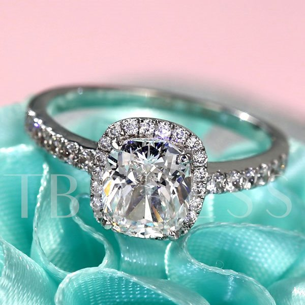 Sparkling Princess Cut Imitation Diamond-Shaped Ring