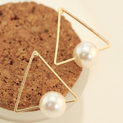 Pearl Inlaid Triangle Stud Earrings
