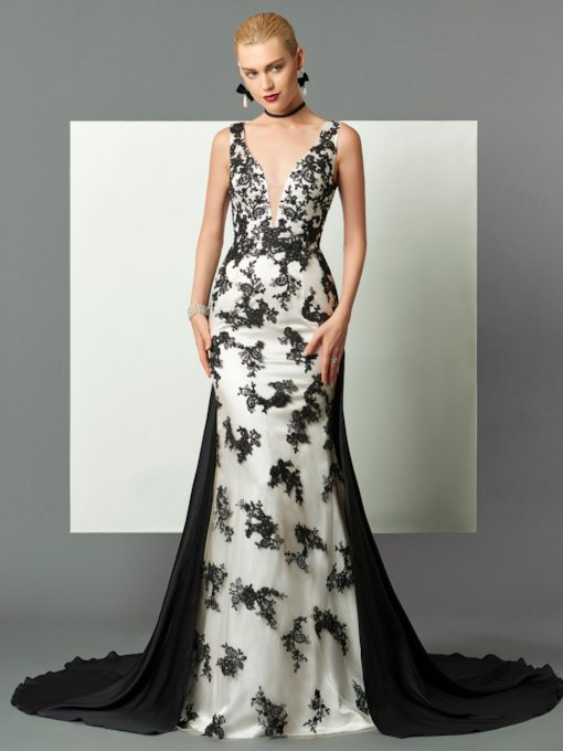 Sheath V-Neck Appliques Watteau Train Evening Dress
