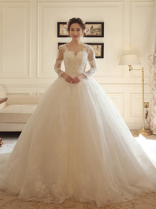 Long Sleeves Appliques Plus Size Ball Gown Wedding Dress