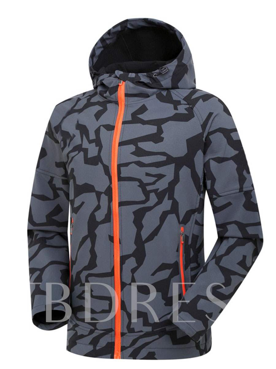 Camouflage Breathable Men's Soft Shell Jacket (Plus Size Available)