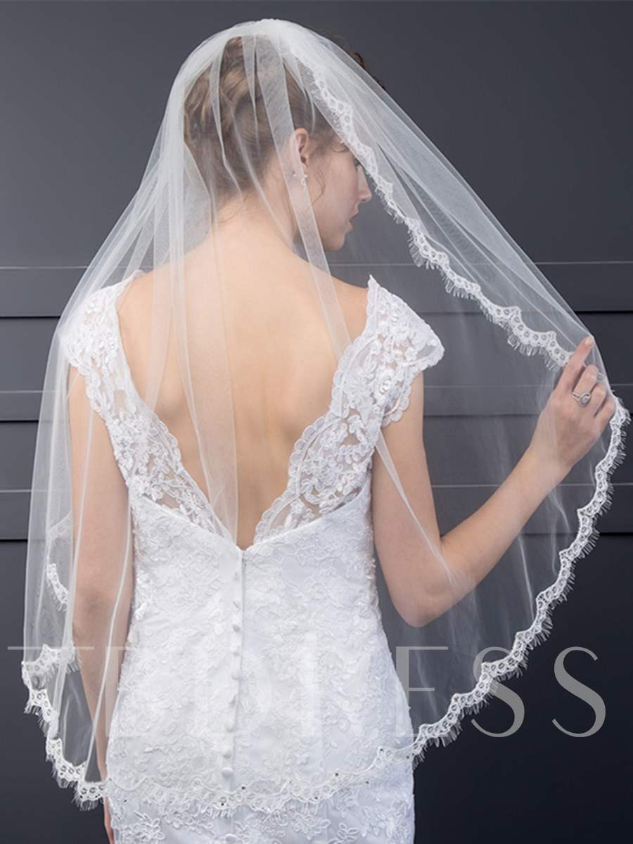 Wedding Veil With Lace Edge