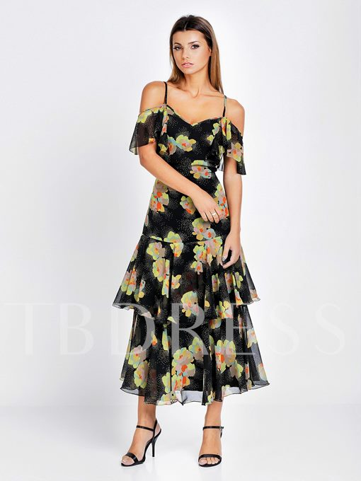 Sexy Style Off-the-Shoulder Short Sleeve Layered Dress Women's Day Dress (Plus Size Available)