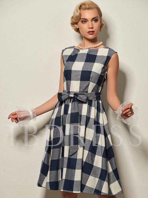Round Neck Cap Sleeve Plaid Women's Day Dress (Plus Size Available)