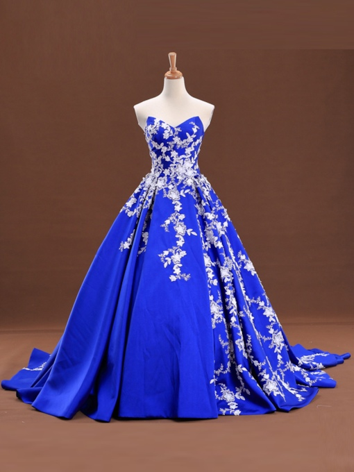 Sweetheart Ball Gown Appliques Court Train Lace-Up Quinceanera Dress
