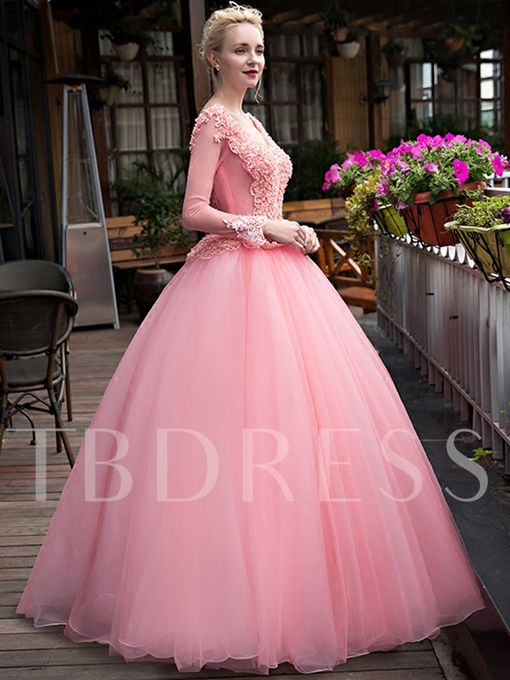 Long Sleeves Ball Gown V-Neck Rhinestone Quinceanera Dress