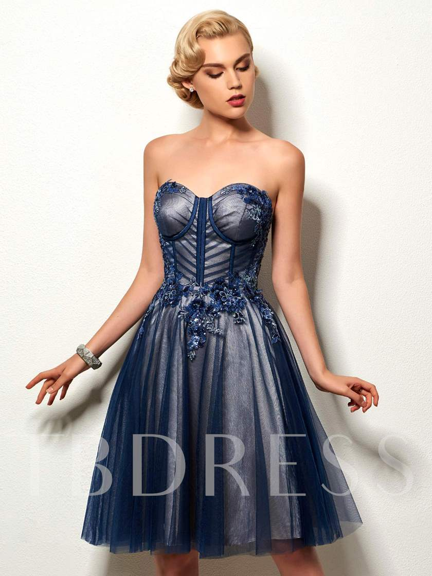 Sweetheart Appliques Sequins Cocktail Dress