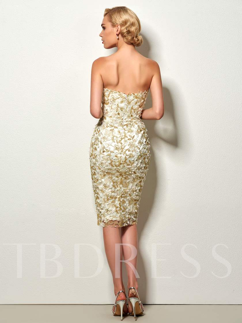 Sheath Strapless Lace Knee-Length Cocktail Dress