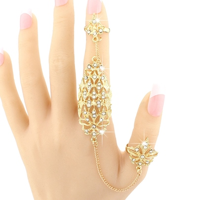 Golden Flowers Hollow-Out Diamante Ring