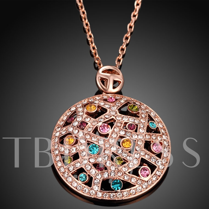 Rhinestone Inlaid Round Pendant Necklace