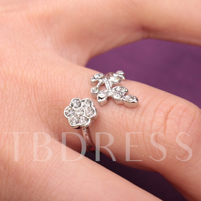 Flower & Branches with Rhinestone Alloy Ring