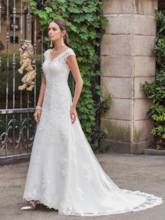 V-Neck Court Train Button Lace Wedding Dress