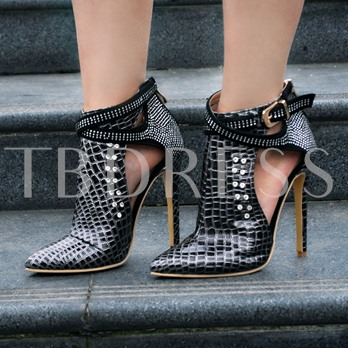 Red Rivets Buckle Fashion Women's Booties