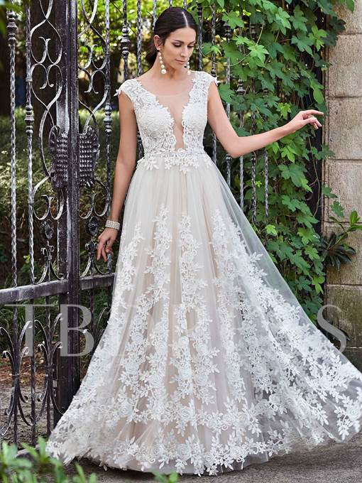 Gauze Round Collar Lace Appliques A-Line Wedding Dress