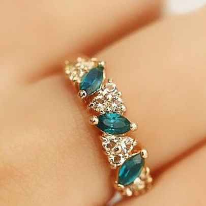 Sweet Rhinestone Inlaid Synthetic Emerald Design Ring