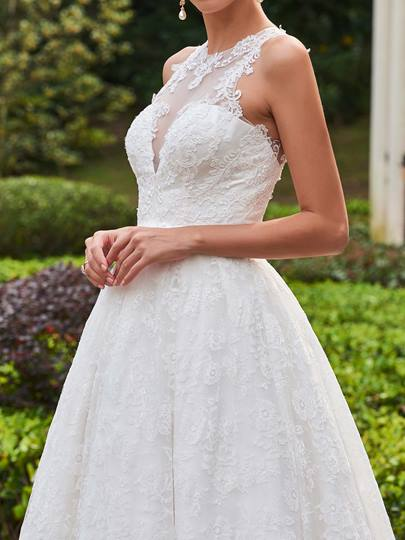 Jewel Neck A-Line Wedding Dress With Lace Button