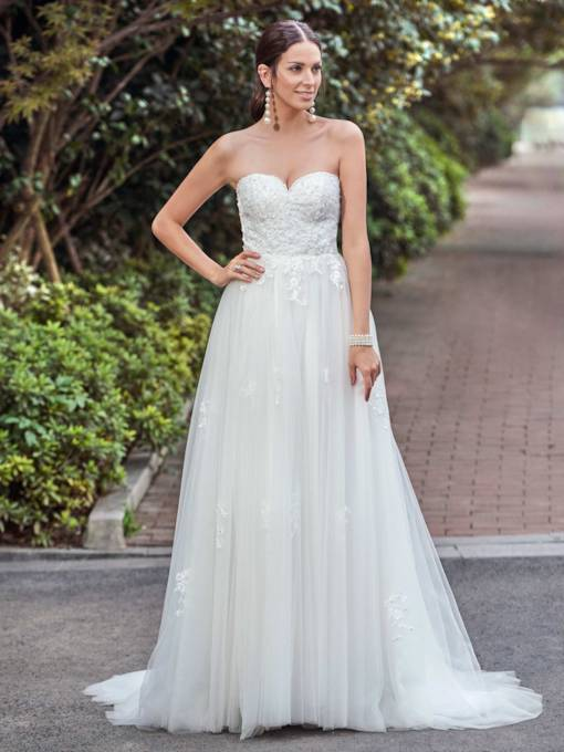 Sweetheart Appliques Button Sweep Train A-Line Wedding Dress