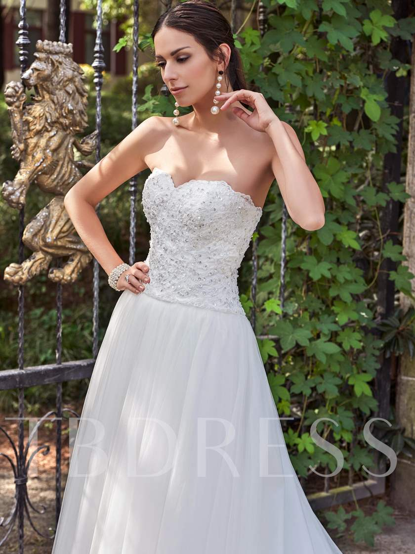 Sweetheart Appliques Beading Court Train Wedding Dress