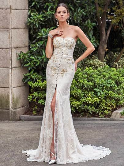 Beaded Button Mermaid Lace Wedding Dres