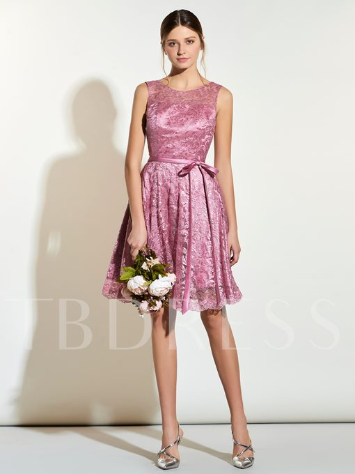 Scoop Neck Lace Knee-Length A-Line Bridesmaid Dress