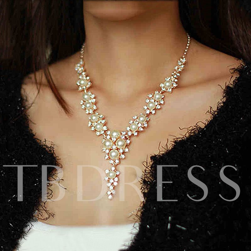 Elegant Pearl Women's Necklace