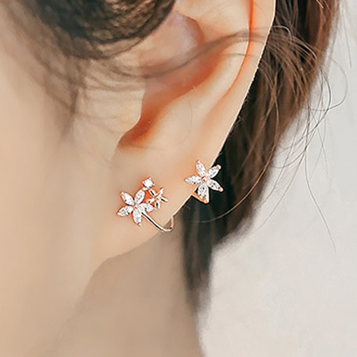 Lovely Rhinestone Flowers Design 925 Silver Women's Earrings