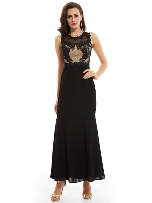 Scoop Neck Appliques Zipper-Up A Line Evening Dress