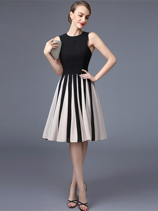 A-Line Jewel Neck Button Knee-Length Cocktail Dress