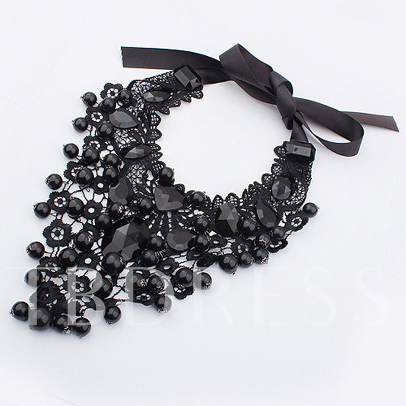 Black Beads Design Lace Flower Necklace