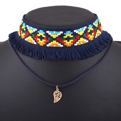 Pretty Geometric Knitted Leaf Pendant Choker Necklace