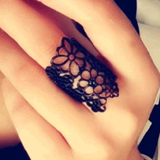 Black Lace Flower Hollow-Out Ring