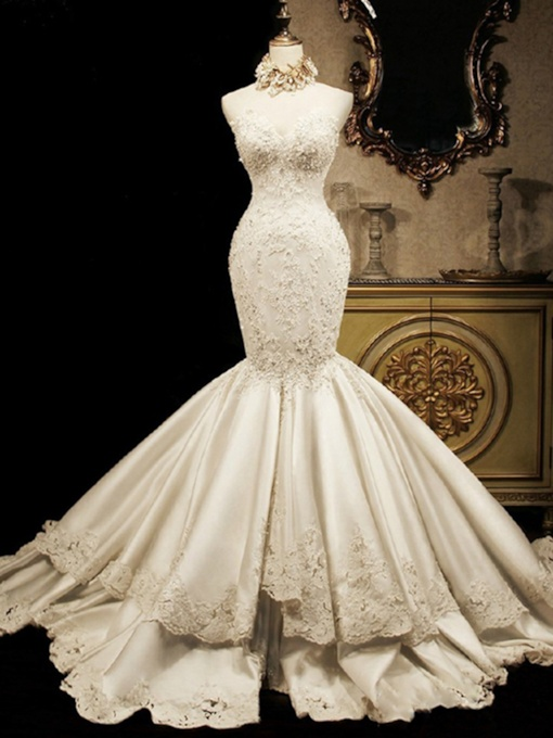 Tiered Appliques Mermaid Wedding Dress(Necklace not included)