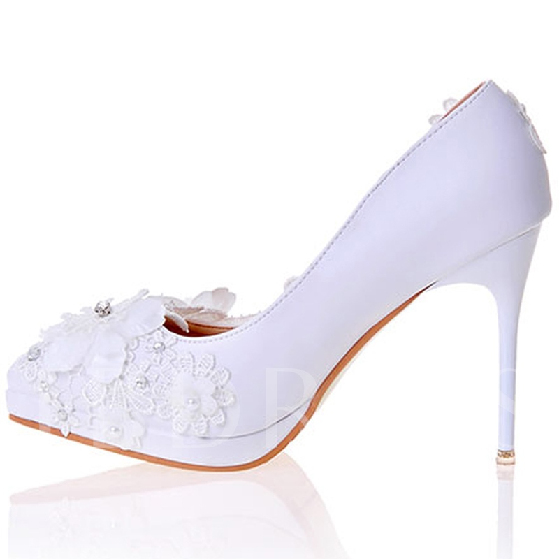 Appliques Pointed Toe Wedding Shoes