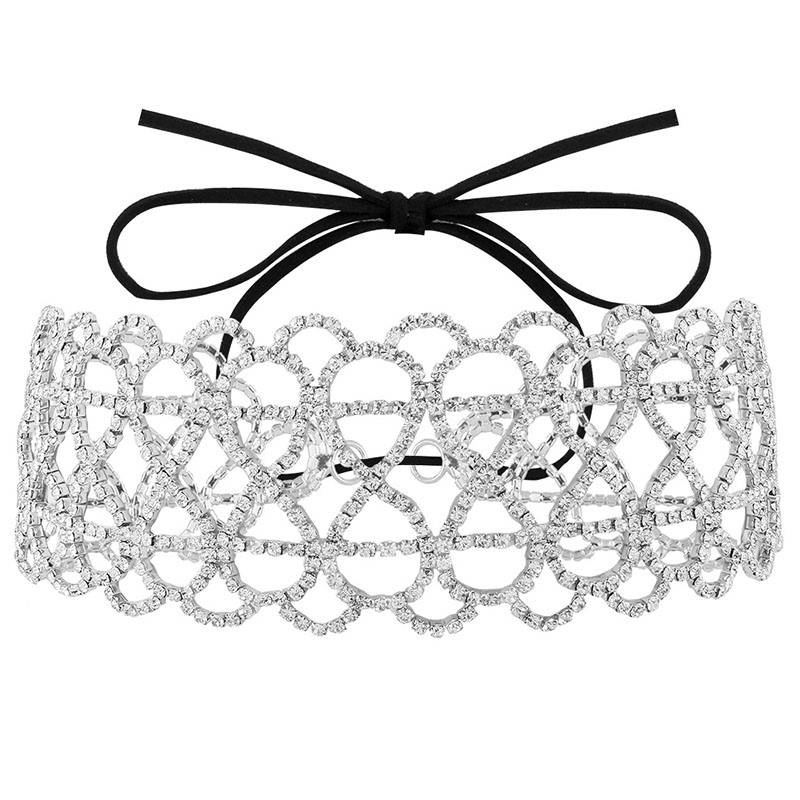 Eight-Shaped Diamante Hollow-Out Choker Necklace