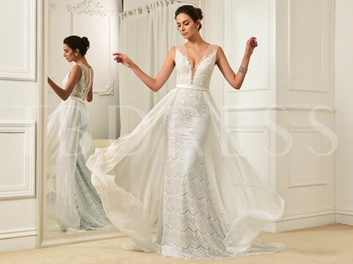 Deep V-Neck Lace Zipper-Up Floor-Length Wedding Dress