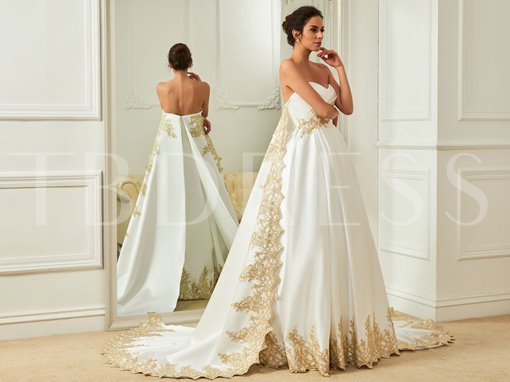 Sweetheart Appliques Ruched Watteau Wedding Dress