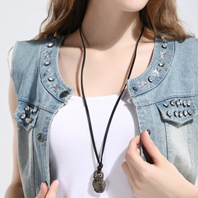Vintage Style Artificial Leather Owl Pendant Necklace