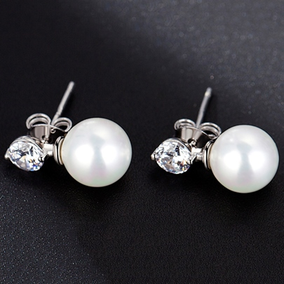 Sweet Pearl and Rhinestone Design All-Matched Stud Earrings