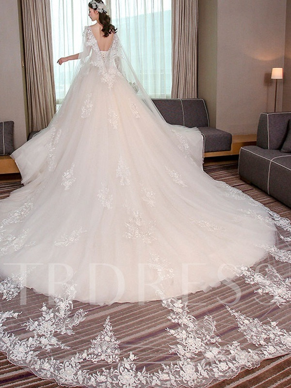 V-Neck Appliques Beaded Ball Gown Backless Wedding Dress