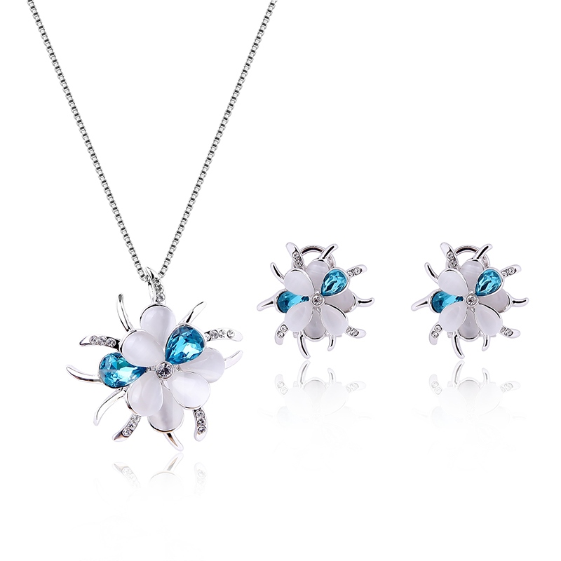 Blue and White Flower Design Two-Pieces Jewelry Set