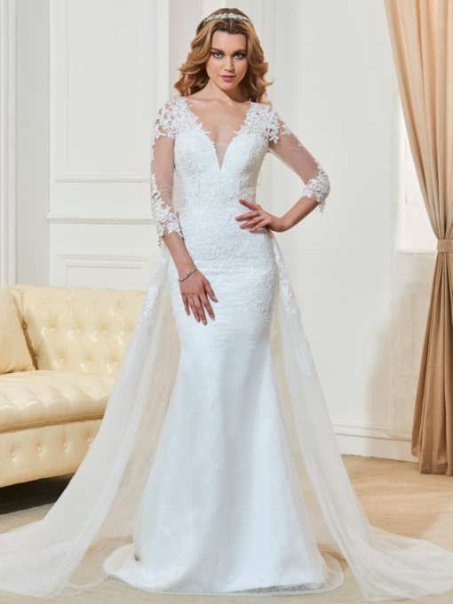 3/4 Length Sleeves Appliques Button Wedding Dress