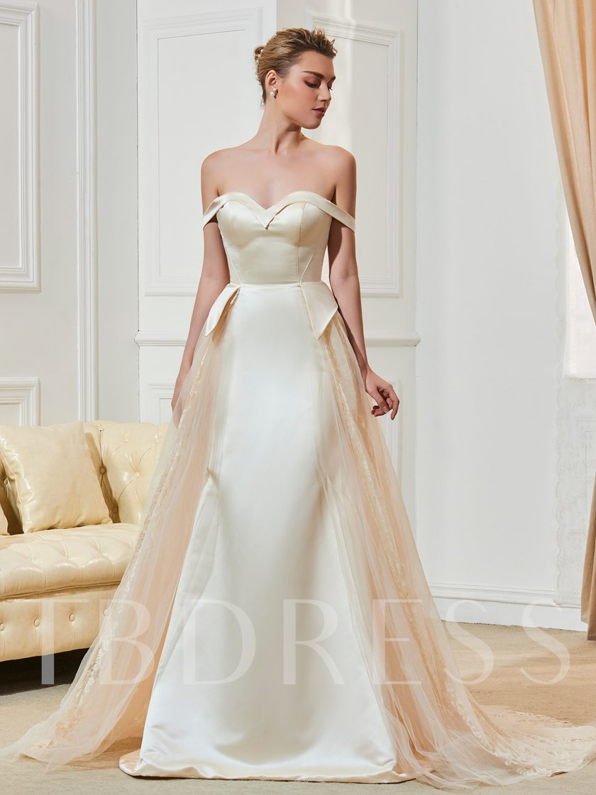 Sweetheart Lace Off-The-Shoulder Bridal Gown With Button