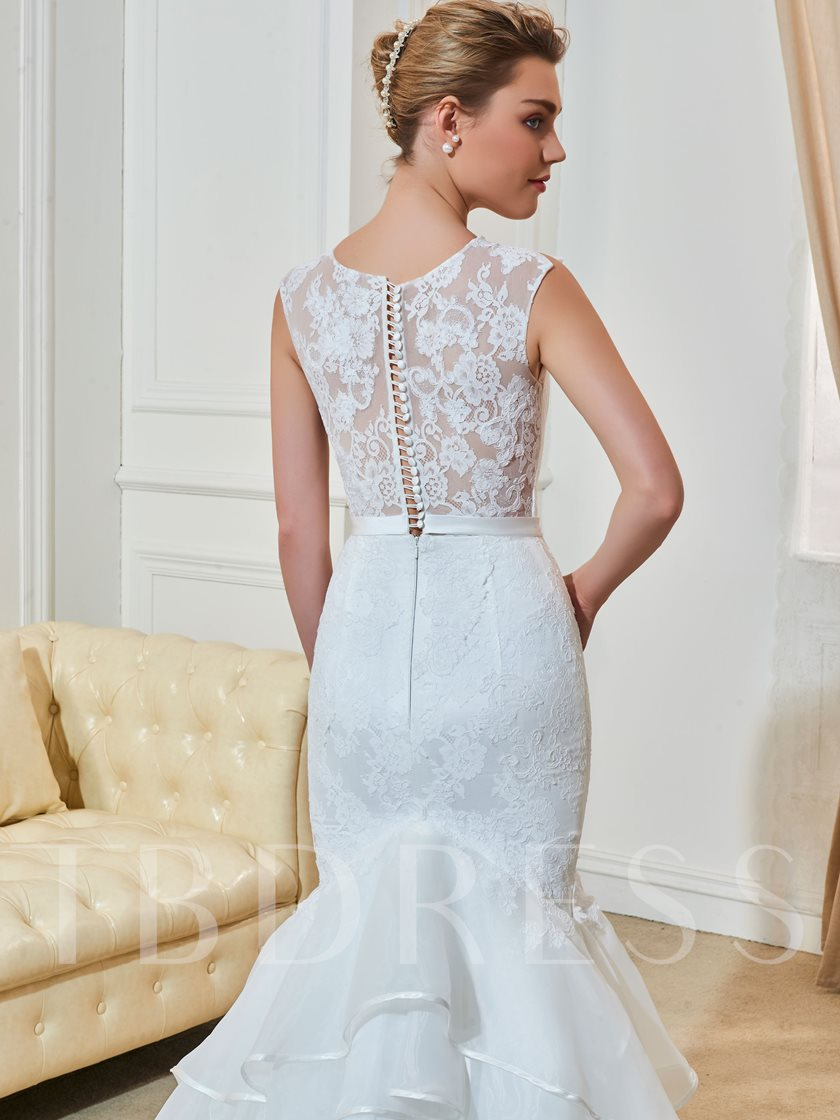 Scoop Neck Beading Tiered Lace Wedding Dress