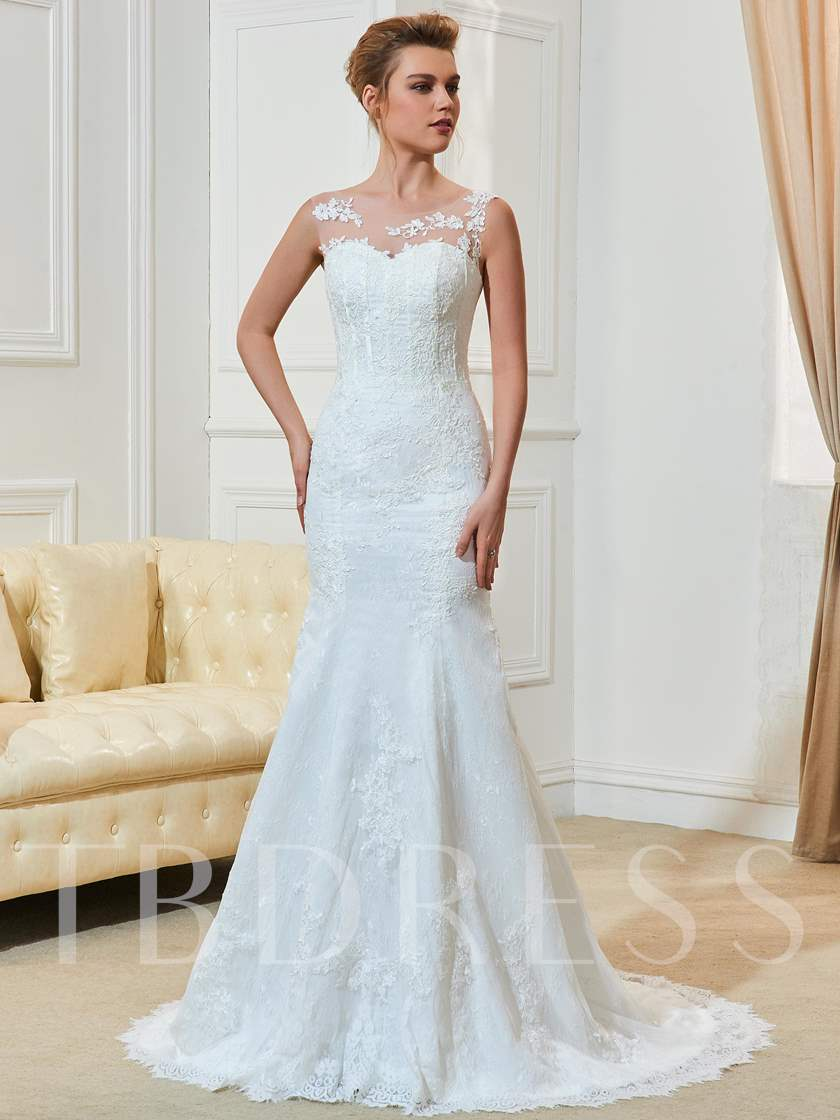 Mermaid Scoop Neck Court Train Bridal Gown With Appliques