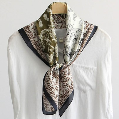 Paisley Printed All-Matched Artistic Square Scarf