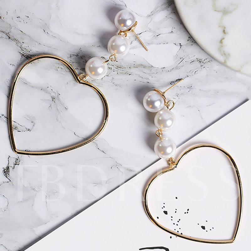 Heart-Shaped Beading Hollow-Out Design Earrings