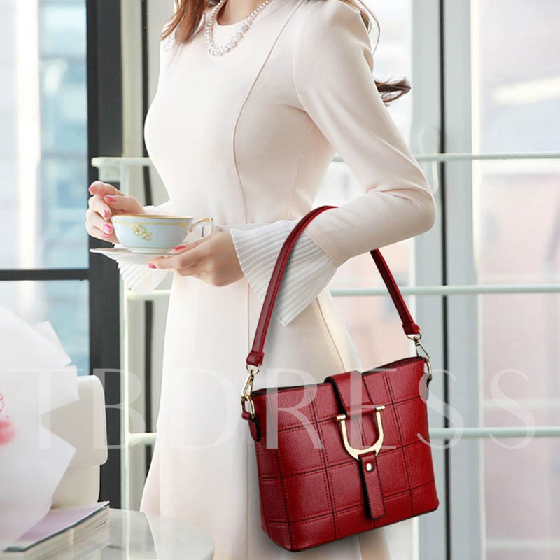 Elegant Huge Space Embroider Line Grid Tote Bag