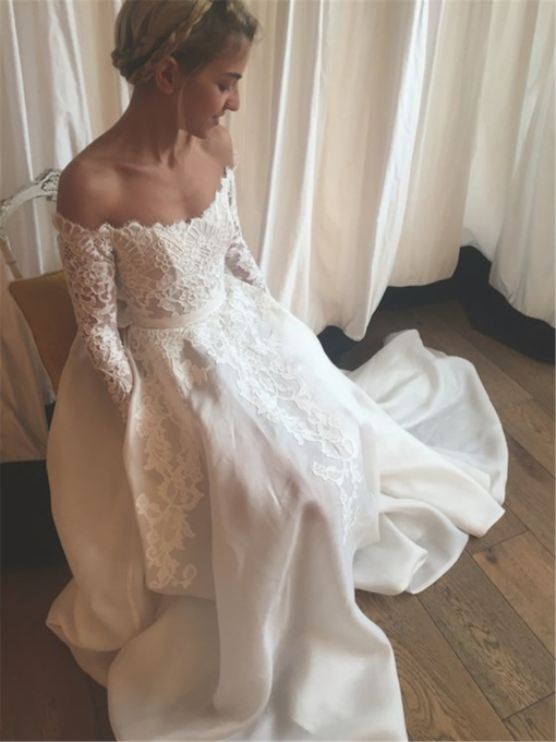 Long Sleeves Off-The-Shoulder Lace Beach Wedding Dress