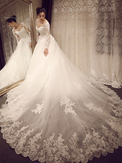 Long Sleeve Appliques Princess Wedding Dress