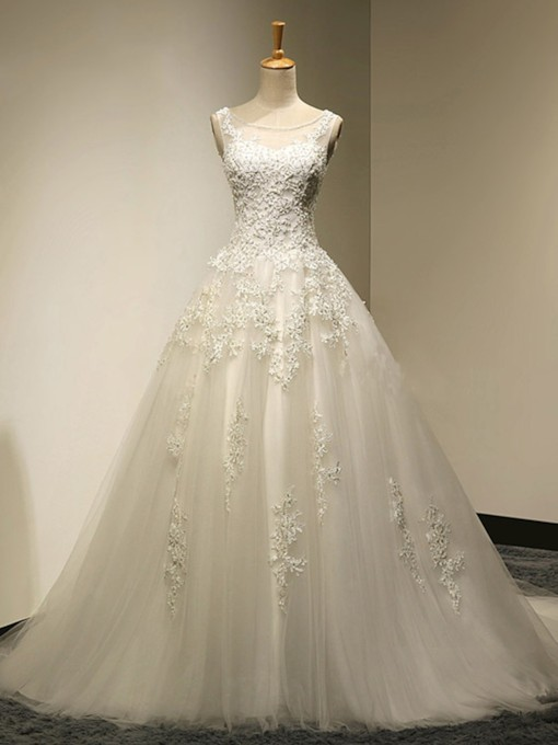 Lace Appliques A-Line Floor-Length Tulle Wedding Dress
